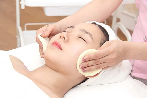 dịch vụ chăm sóc da mặt